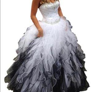 New - Never worn wedding dress size 16.
